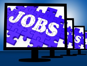 Jobs-on-monitors-showing-careers_gyx7igd_